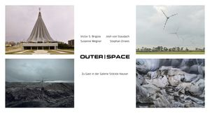 04 Einladungskarte Outer Space